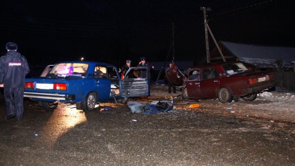 Смертельное ДТП в Кстинино: из-за столкновения двух легковушек погибли два человека