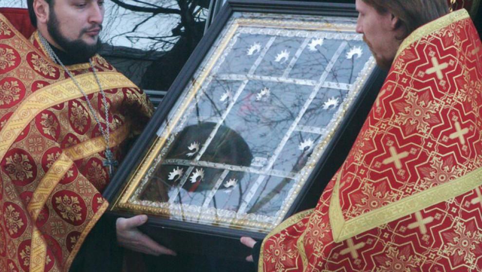 В Киров прибыла икона Георгия Победоносца с частицей его мощей
