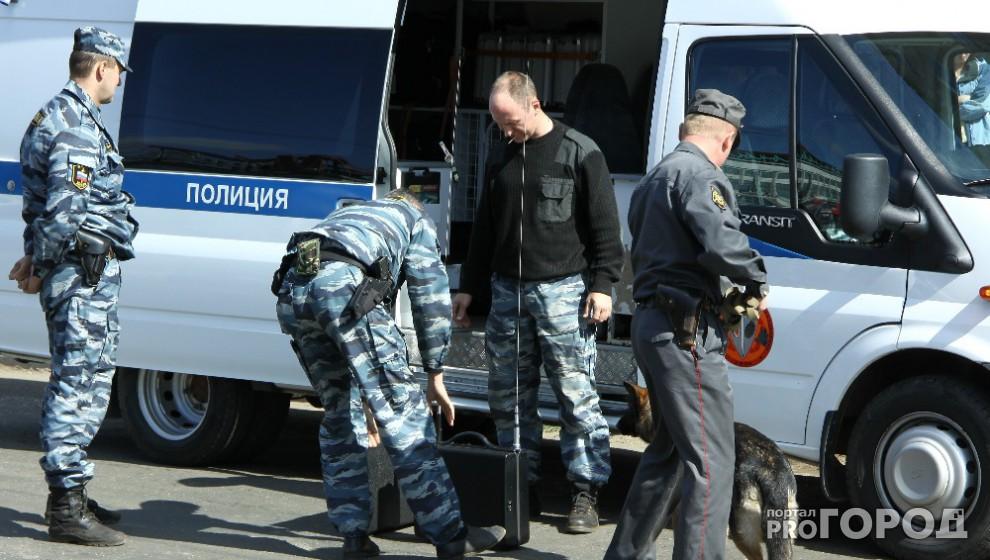 В кировской поликлинике нашли бесхозную сумку: из здания срочно эвакуировали людей