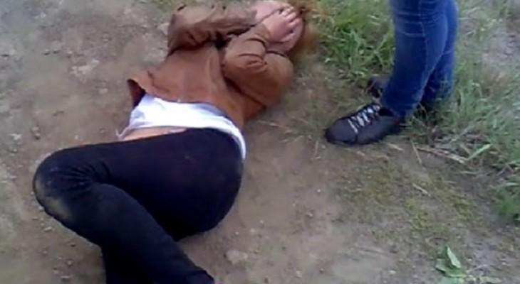 В Кировской области четверо мужчин избили девушку на трассе