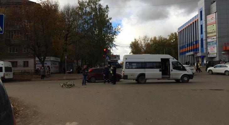 В Кирове у автовокзала велосипедиста сбил автобус