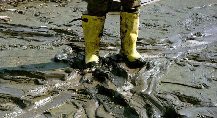 Глава кировской горадминистрации потребовал закопать все ямы в городе