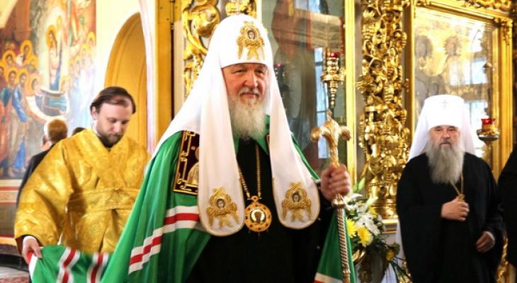 Патриарх Кирилл посетил Успенский собор в Кирове
