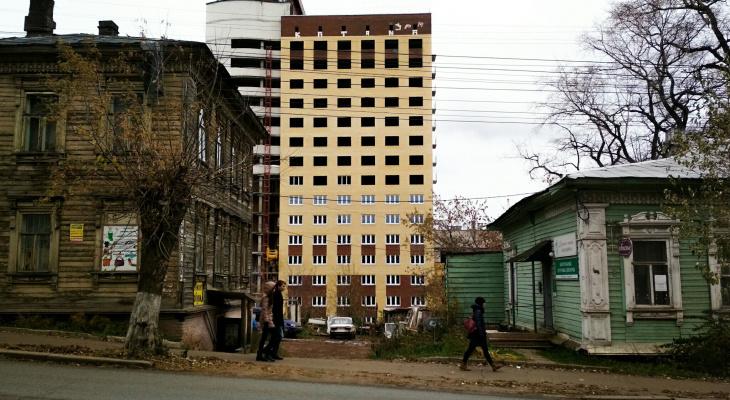 В центре Кирова возобновили строительство общежития медуниверситета