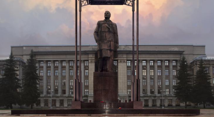 Кировский архитектор предложил опустить памятник Ленину под Театралку
