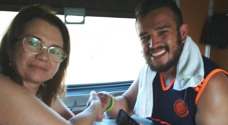 2 истории о том, как кировчане спасли болельщиков из Колумбии от голода и из аэропорта