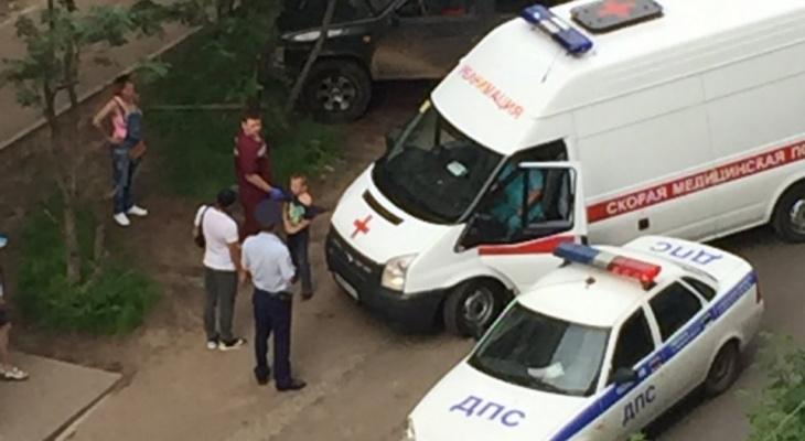 В Кирове у здания ГИБДД иномарка сбила ребенка на самокате