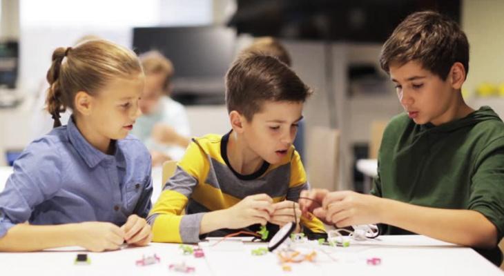 Полезная электроника в помощь для школьников и их родителей