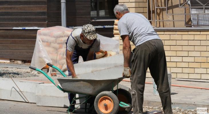В Кировстате рассказали, как выглядит типичный рабочий Кировской области
