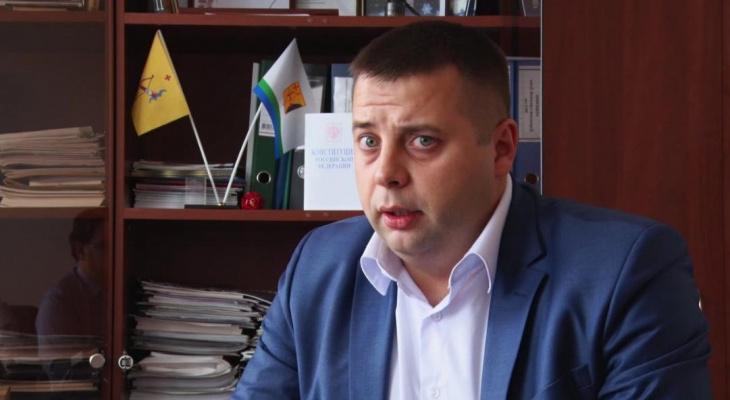 В Кирове по подозрению в крупном хищении задержали экс-директора ЦДС