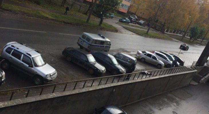 На улице Калинина у нового жилого комплекса найдено тело мужчины