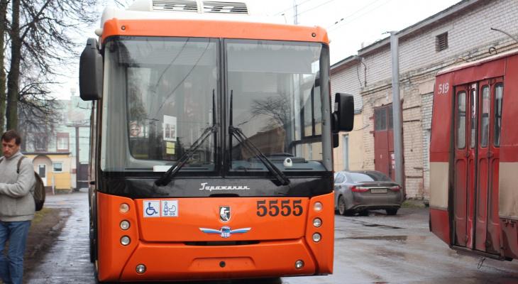 В Кирове возобновил работу беспроводной троллейбус