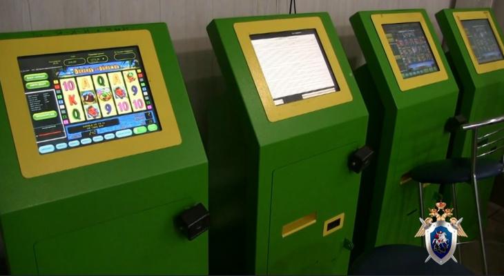 Играть на реальна денег игровые автоматы crazymonkey
