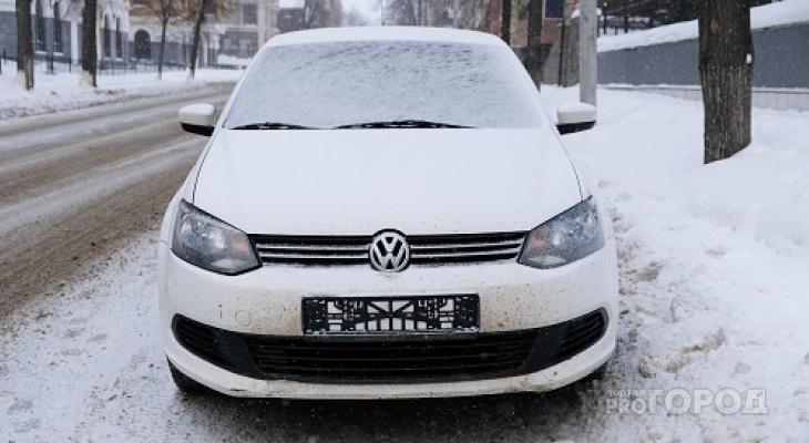 Что обсуждают в Кирове: нарушения, за которые сотрудник ДПС может снять номера, и качество бензина на заправках