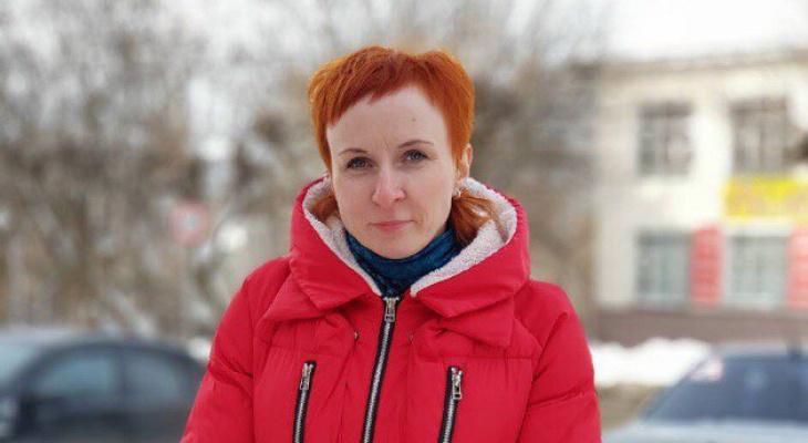 В Кирове девушка вытащила ребенка из горящей машины