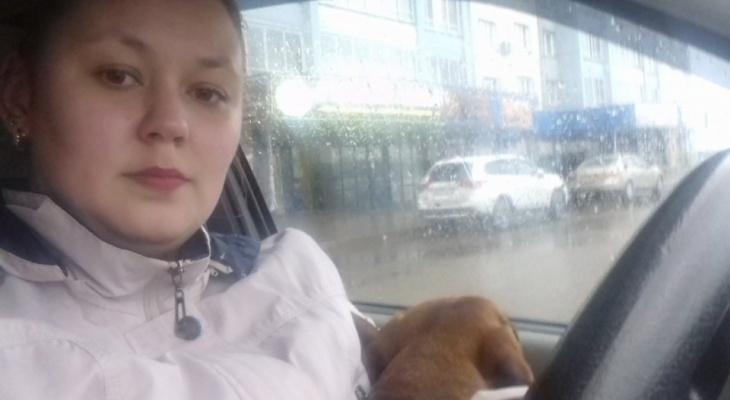 """""""Ходила с собакой на работу, чтобы кормить ее 6 раз в день"""": история девушки из Кирова, помогающей бездомным таксам"""
