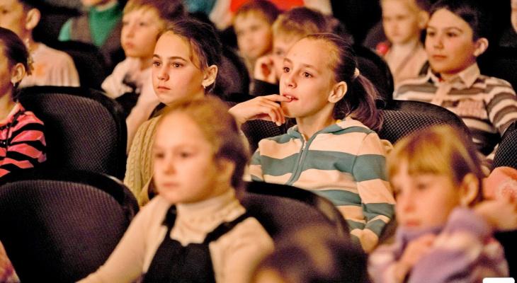 """В """"Театре на Спасской"""" пройдет благотворительная акция """"Возьми ребенка в театр"""""""