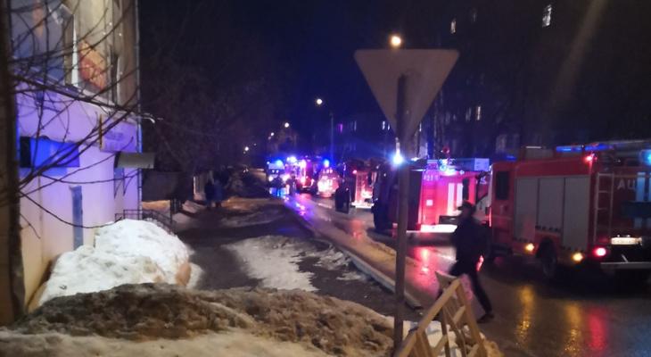 На улице Цеховой произошел серьезный пожар: есть погибшие