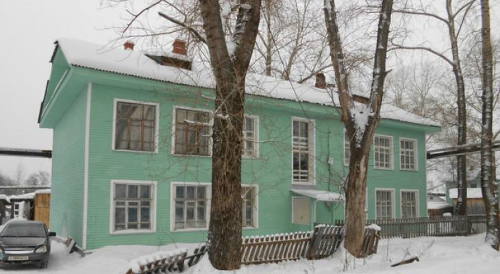 В Кировской области подрядчик отремонтировал дома, которые скоро будут снесены