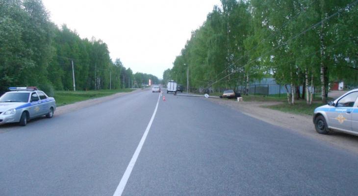 Появились фото и подробности ночной аварии с погибшим в Нововятске