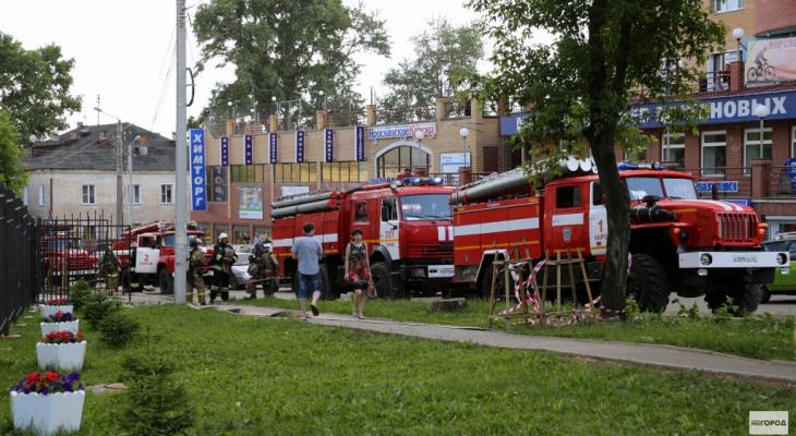 В Кирове из-за аудиоколонки сгорела квартира
