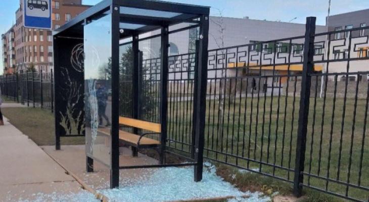 В Кирове планируют отремонтировать площадки на 12 остановках