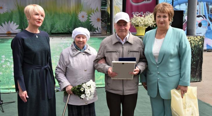 Назван невероятный рекорд по продолжительности супружеской жизни в Кирове