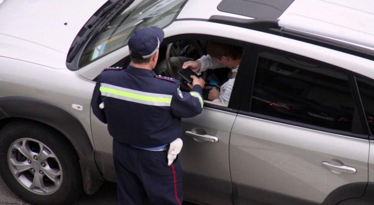 В Кирове случайно задержали четырех угонщиков автомобиля из сервиса