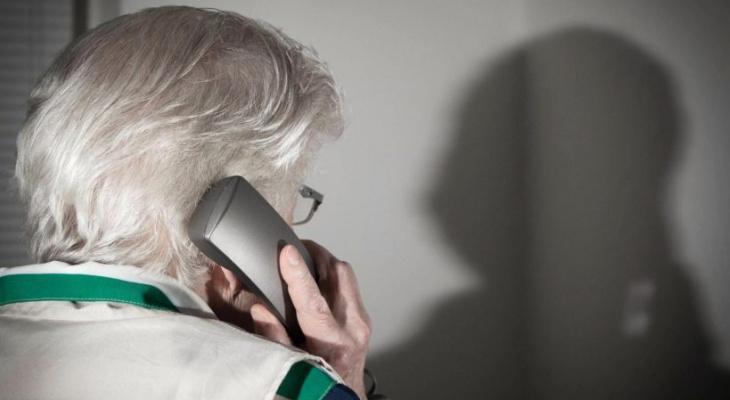 «Пенсионеров часто обманывают, поэтому кредит не взяла»: почему люди идут в ломбард