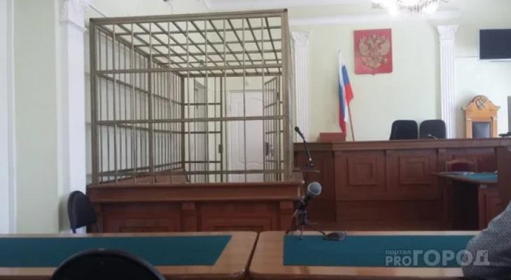 Кировские адвокаты-взяточники защищали интересы бизнесмена, растлевавшего детей