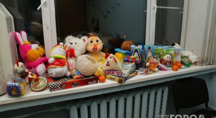 В Кирове мужчина с детской площадки украл пакет детских игрушек