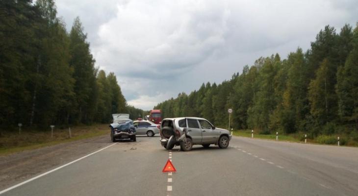 Тройное ДТП в Кировской области: пострадали пять человек