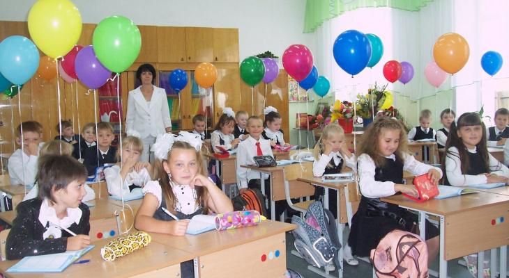 «Ругать детей за оценки нельзя»: история учителя начальных классов