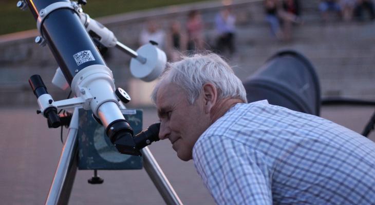 В Кирове в последний раз организуют наблюдения за Юпитером и Сатурном