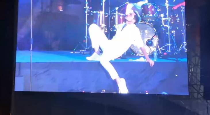 Кировские зрители скандального концерта Димы Билана хотят взыскать с певца ущерб