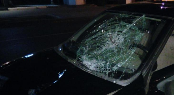 На Октябрьском проспекте сбили двух пешеходов: один скончался