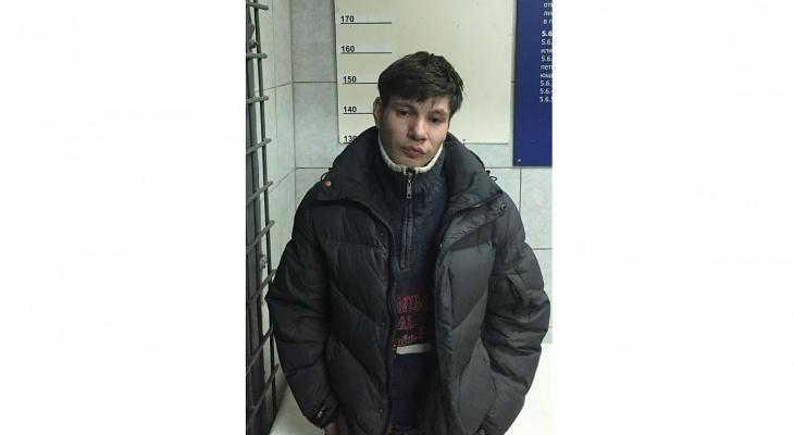 В Кирове ищут 29-летнего мужчину, который вышел из дома и пропал