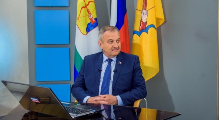 Петицию за отставку Владимира Быкова передали главе Кировской области
