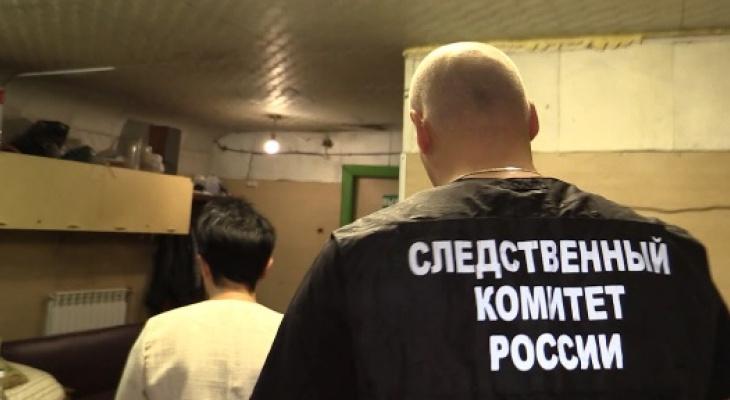 Кировчанин с ножом напал на свою девушку, а после ударил сотрудника полиции