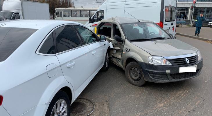 В ГИБДД назвали самые аварийные перекрестки в Кирове