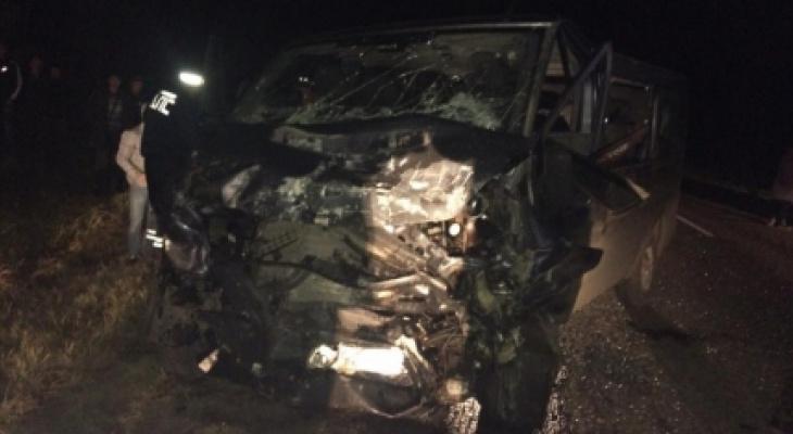 Смертельное ДТП в Нолинском районе: двух пострадавших спасли сотрудники МЧС