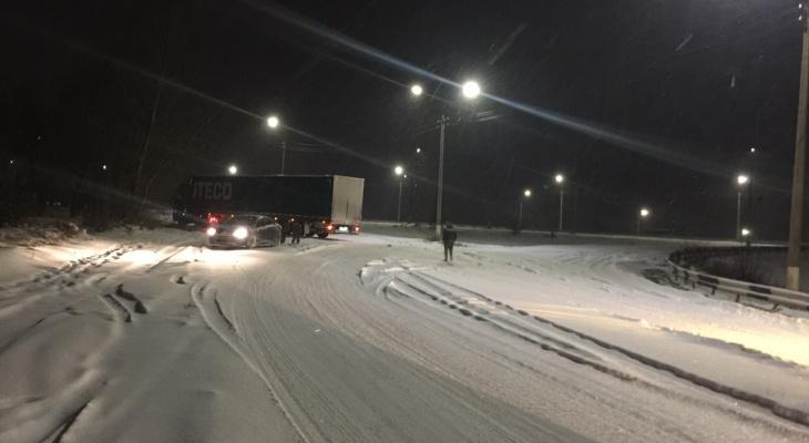 В ГИБДД рассказали, сколько аварий произошло в Кировской области во время снегопада