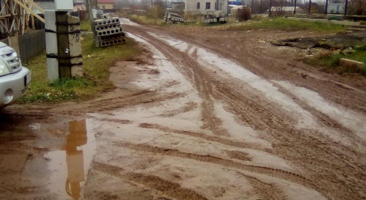 Опубликован список из 13 грунтовых дорог, которые отремонтируют в Кирове  в 2020 году