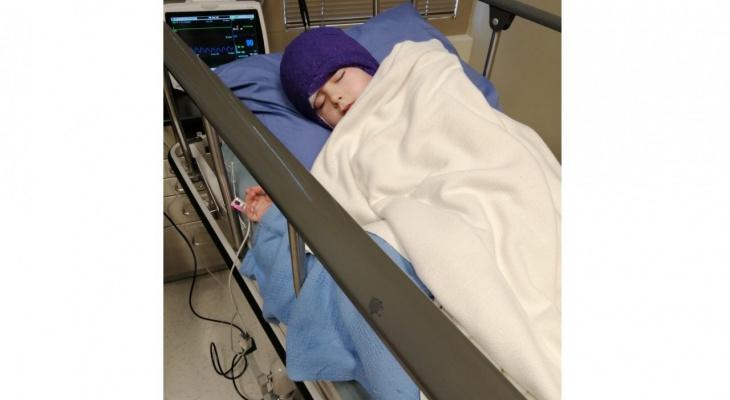 """""""Увидев новое ушко сына, не смогла сдержать слез"""": мальчику из Пижанки сделали операцию в Калифорнии"""