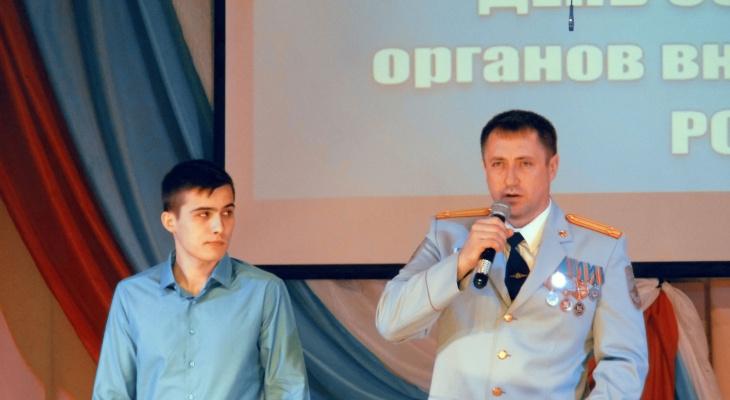 Жителя Кировской области наградили за спасение пенсионерки от грабителя