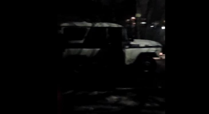 Видео: заведующая детсадом в Кирове вызвала ОМОН и Росгвардию в учреждение