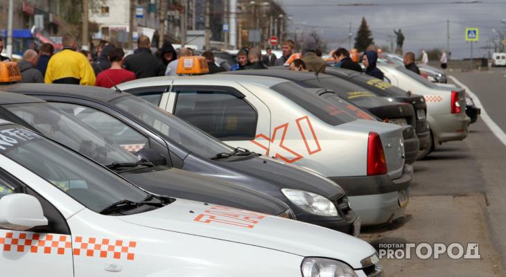 В Кировской области задержали таксиста-бесправника