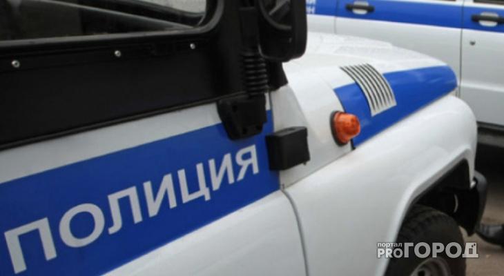 В Кировской области росгвардейцы задержали мужчину, который залез в закрытый магазин
