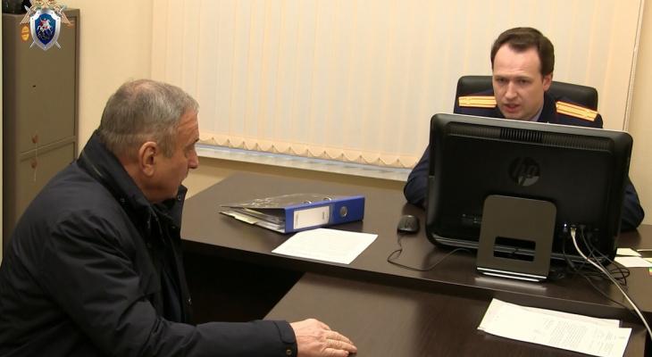 Что обсуждают в Кирове: выпавший из окна парень и домашний арест Быкова