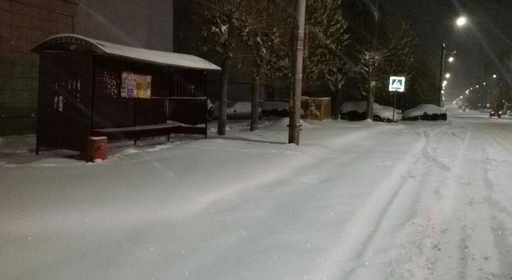 Администрацию Кирова обязали включить в список для уборки снега более 20 улиц